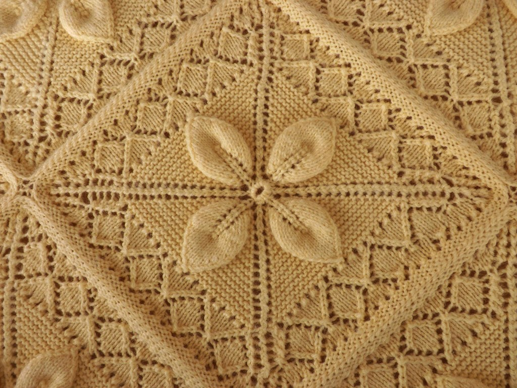 Leaf Bedspread Knitting Pattern : MARIETTES BACK TO BASICS: {Moms Hand Knitted Bedspread ...