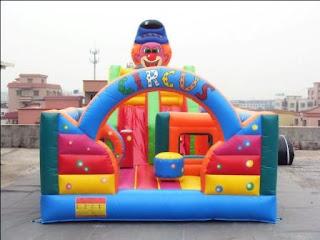 rumah balon tipe circus