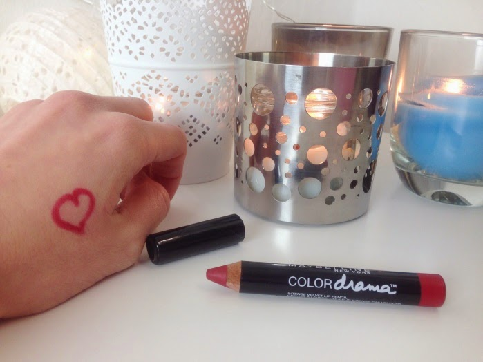 Maybelline Color Drama Lip Pencil Red Essentials Review