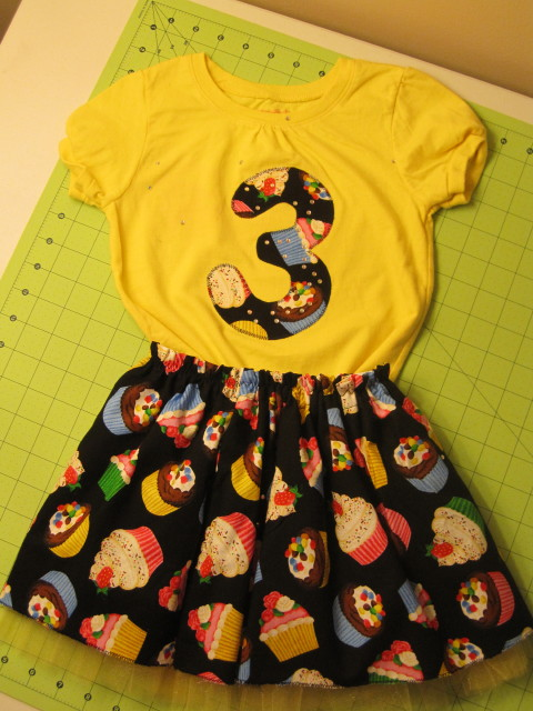 between the toys: Birthday outfits