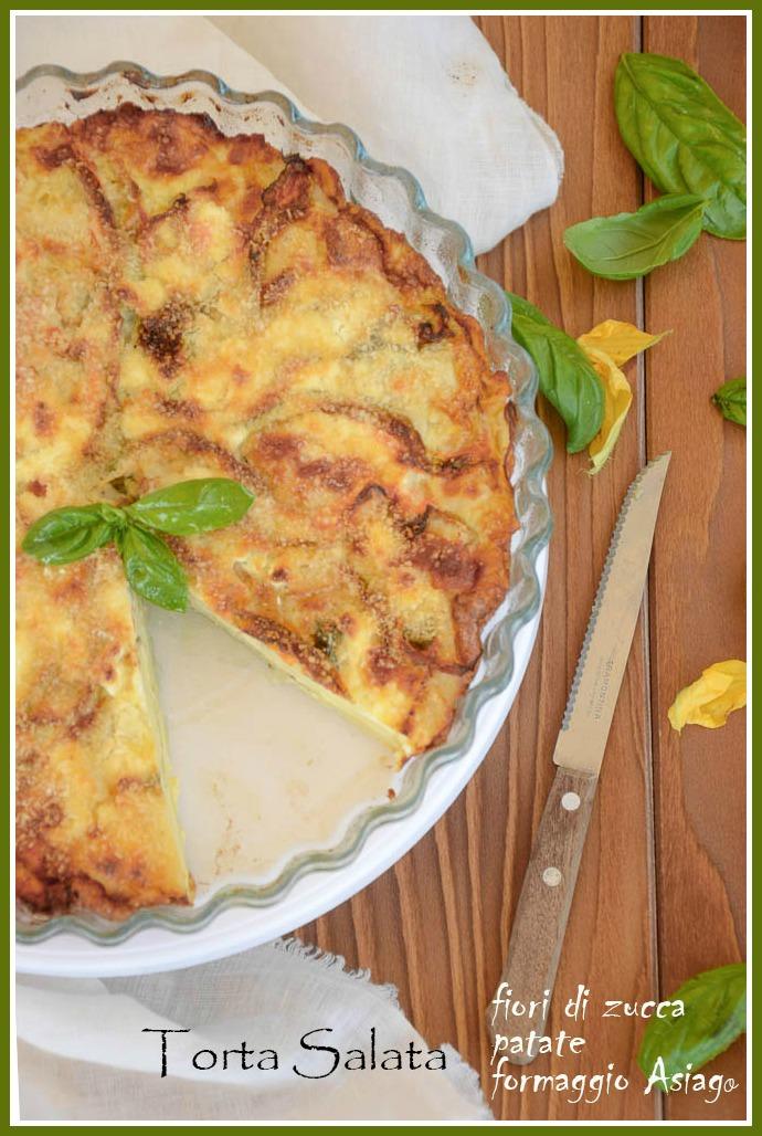 torta salata con fiori di zucca, patate e formaggio asiago