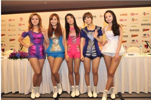Wonder girls sports unique fashion style in singapore