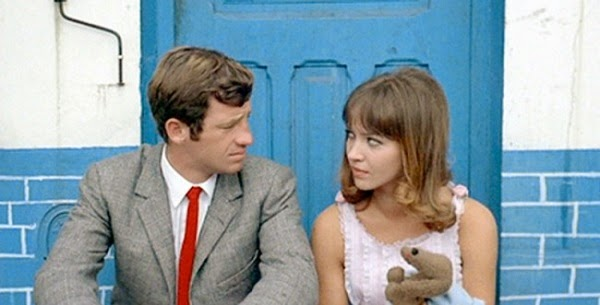 Jean-Pierre Belmondo and Anna Karina in Pierrot le Fou