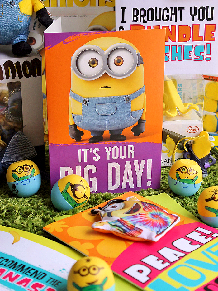 #SendSmiles with new Hallmark Minions greeting cards at Walmart, make a Minions care package for your loved ones today! Featured are DIY Minions lip balms. #ad