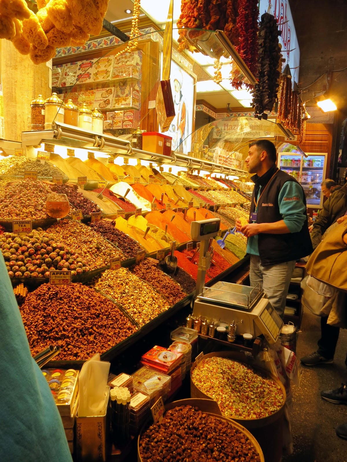 serenechoo.com: Spice Bazaar - Istanbul, Turkey