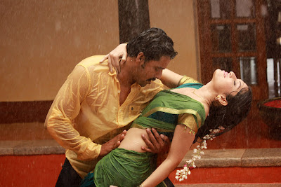 Tamil Movie 'Aal' hot stills