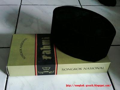 Songkok Nasional Gresik, Fahmi quin Hitam Non Motif Bahan Bludru import