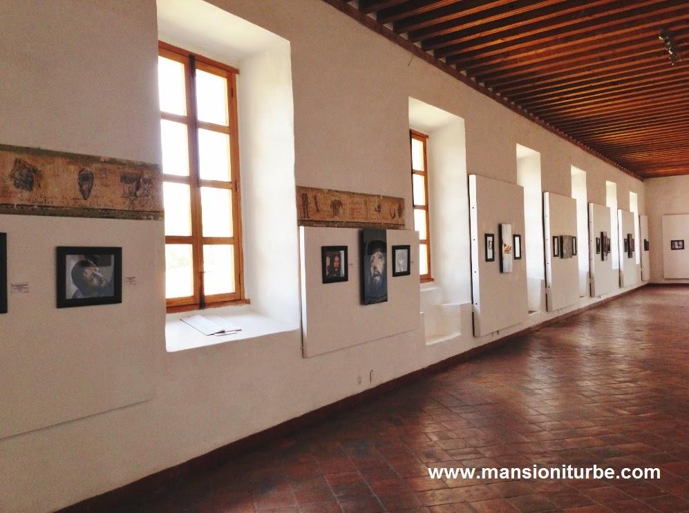 Cristos una Exposición Temporal en Pátzcuaro en el Antiguo Colegio Jesuita