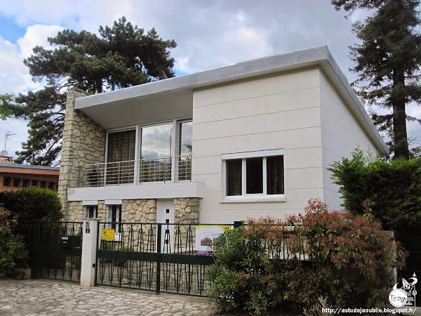 France - 14 Villas modernes - modern houses - 50s 60s 70s  Nantes, Saint-Maur-des-Fossés, Meudon, Pontault-Combault, Versailles, Champigny-sur-Marne, Mérignac