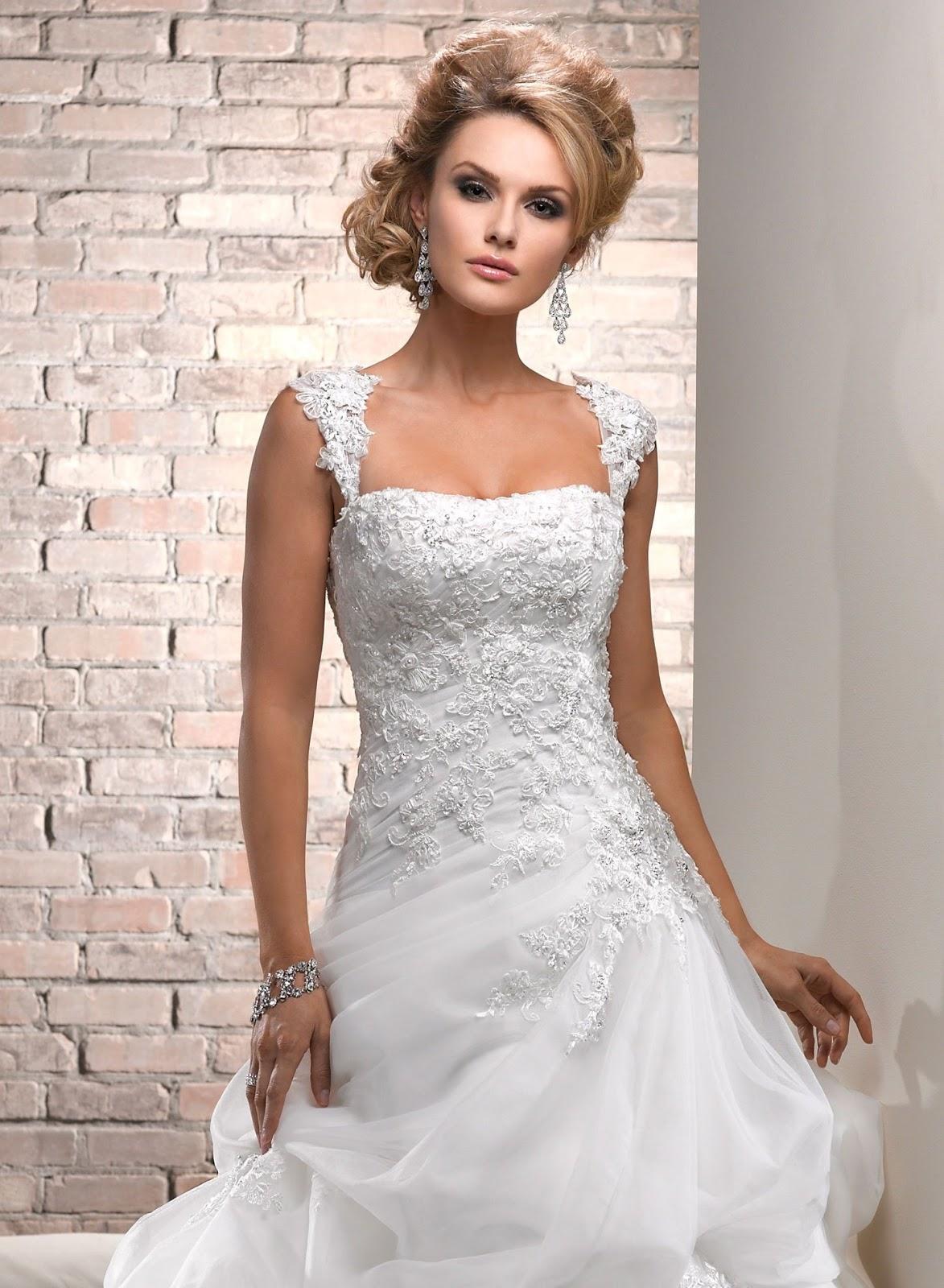 chimakadharoka2012: Wedding Gown