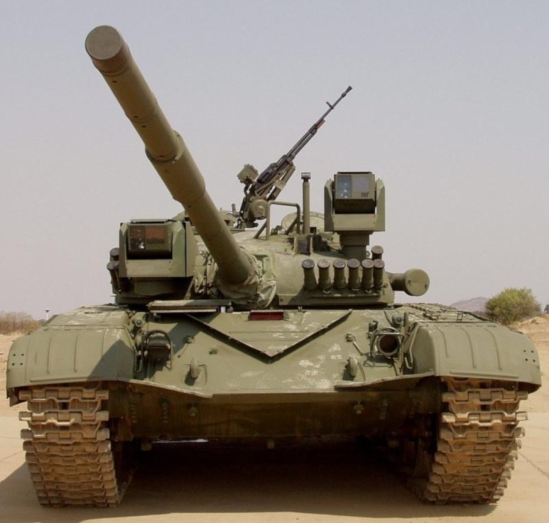 Fuerzas Armadas de Argelia T-72_u10