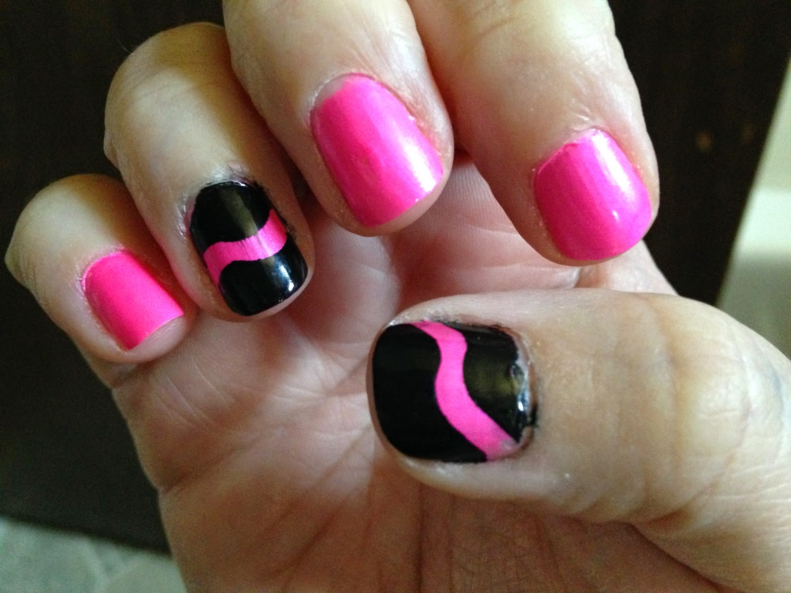 Small Budget Beauty: Review: Creative French Tip Nail Guides