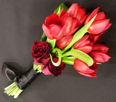 buque de tulipas rosa