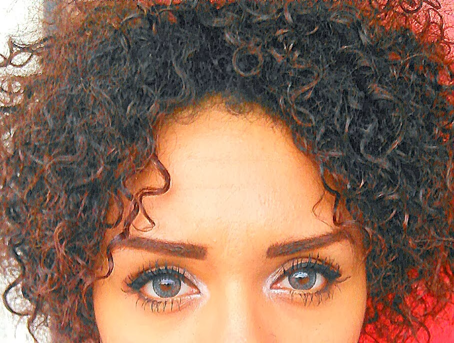 GEO NUDY blue colored contacts