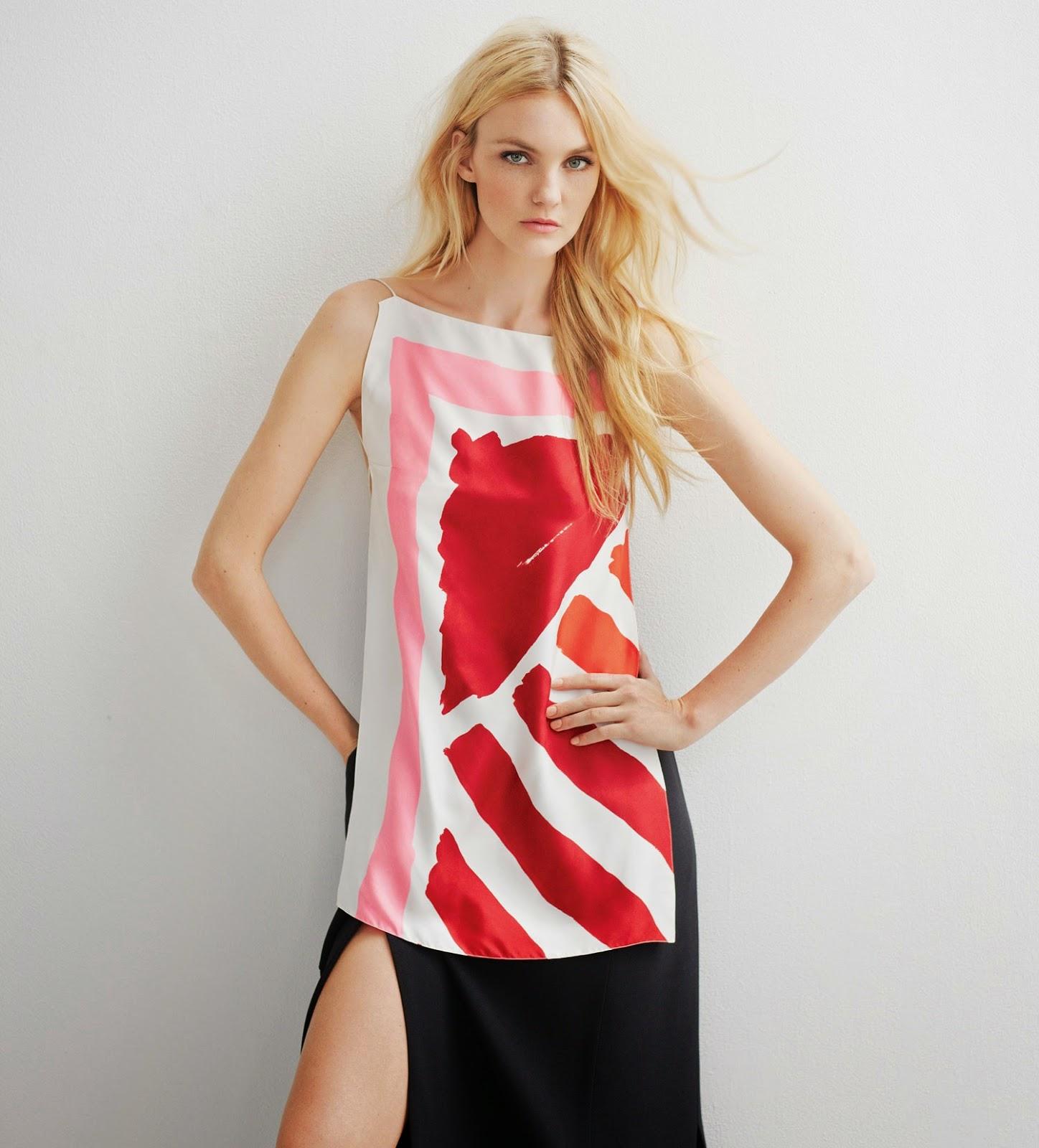Carol Trentini veste Dior na capa da Vogue Brasil de outubro