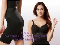 Modeling Undergarment