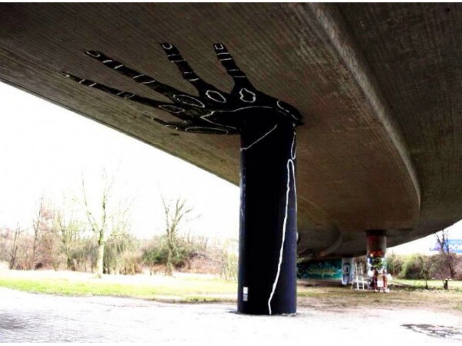 The Best Examples Of Street Art In 2012 And 2013 - Hand by Dome, Karlsruhe, Germany