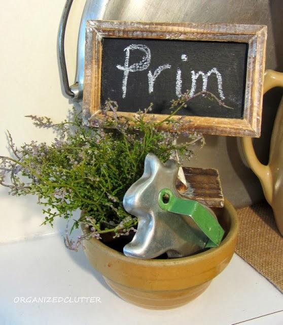 Prim Easter Bunny Vignette www.organizedclutterqueen.blogspot.com