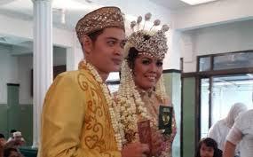 ACARA RESEPSI PERNIKAHAN ELY SUGIGI - FERRY ANGGARA 8 NOVEMBER 2015