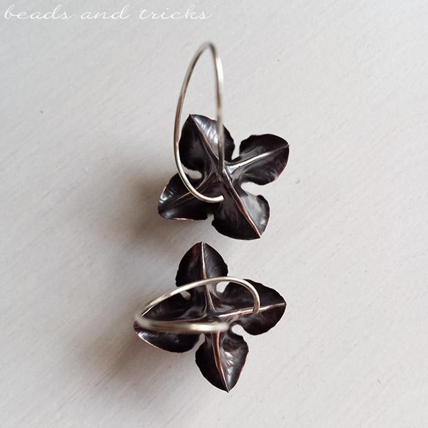 Orecchini a fiore in rame e argento