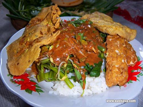 Masakan Khas Jawa Timur Nasi Pecel Khas Jawa Timur