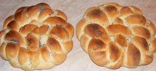 colaci, colaci de casa, reteta colaci, impletita, paine impletita, paine impletita de casa, paine, paine de casa, retete paine, reteta paine, retete de paine, retete culinare, preparate culinare, retete paine de casa, retete paine impletita,