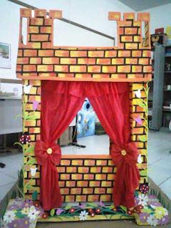 Este lindo castelinho confeccionamos para a sala de recursos da escola que trabalhamos, pensando em criar um cenário de encanto para as apresentações de fantoches.