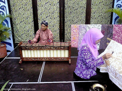 Gamelan dan Batik on the spot Jogja Kreatif