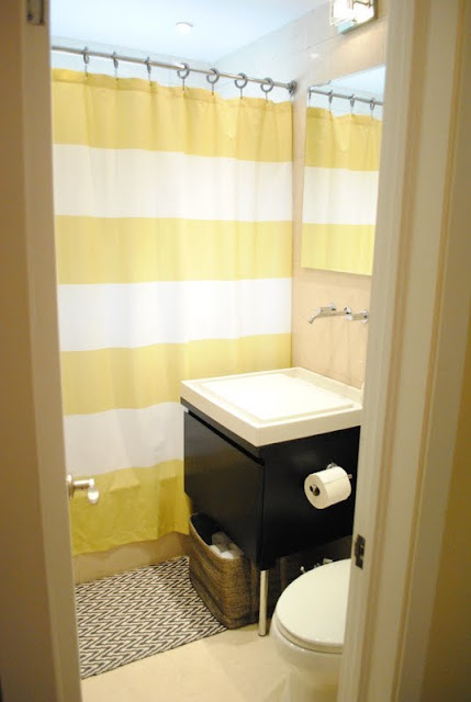 Yellow And White Bathroom 2017 Grasscloth Wallpaper
