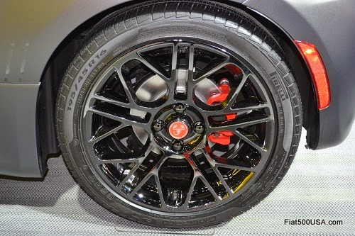Fiat 500 Abarth Hyperblack Cast Aluminum Wheel
