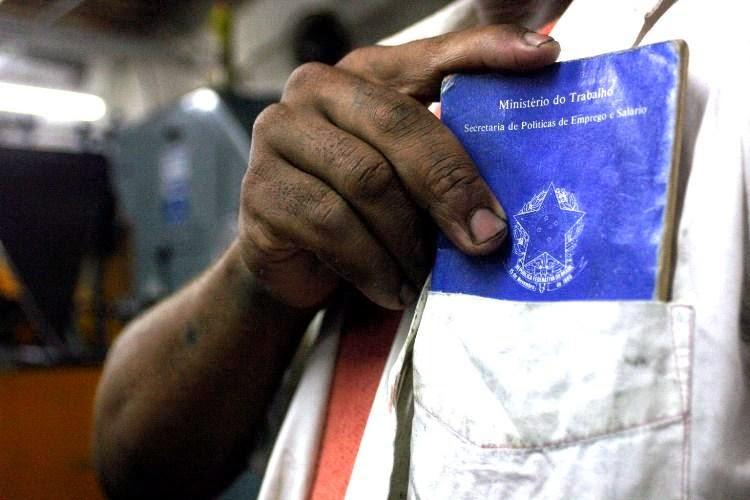 Governo Federal torna mais rígidas regras para benefícios dos trabalhadores