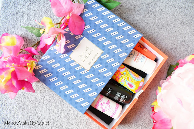 http://melodymakeupaddict.blogspot.com/2015/09/birchbox-de-septembre-from-us-with-love.html
