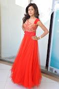 Vithika Sheru glamorous Photo shoot-thumbnail-5