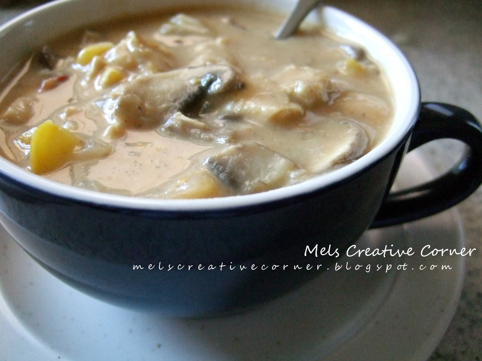 Mel's Creative Corner: Chipotle Chicken Corn & Mushroom Chowder!