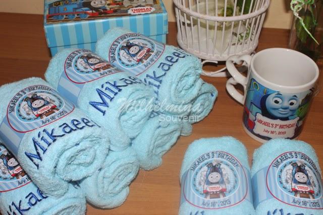 Paket Ulang Tahun Mug Towel Jual Towel Souvenir Ulang Tahun Di Ciledug
