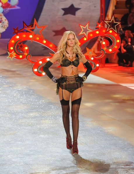 Erin Heatherton At Victoria's Secret Fashion Show 2012