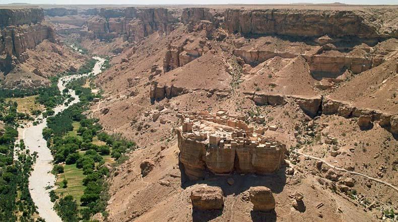 Los pueblos de ladrillo de barro de Wadi Hadramaut y Wadi Dawan