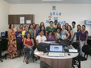 Curso de Software Educativo na escola Emília Gimennez