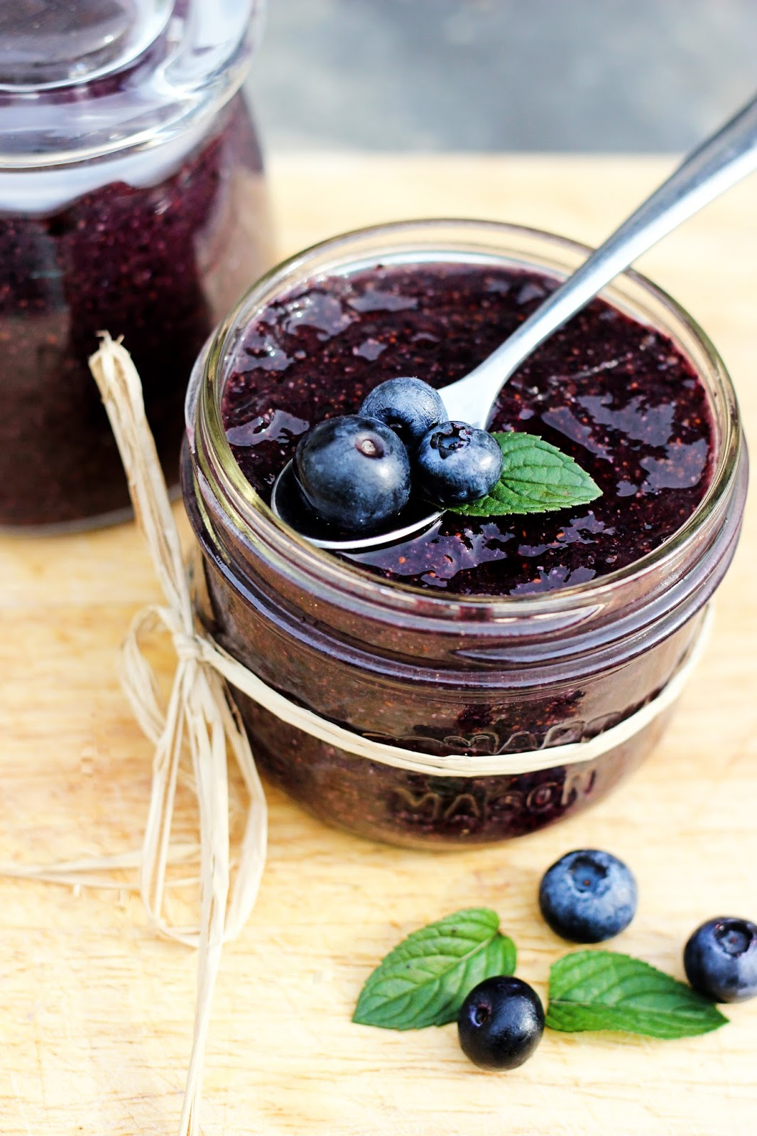Food That's De!: Homemade Raw Blueberry Jam