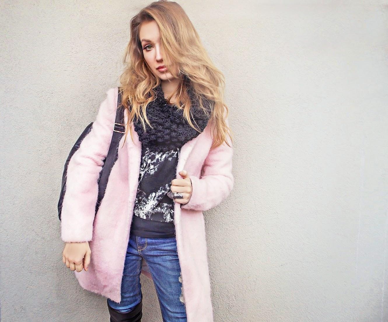 пальто розового цвета, розовое пальто с чем носить фото, нежно розовое пальто, pink coat,