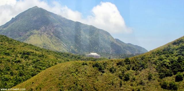 Templo de Po Lin desde el teleférico