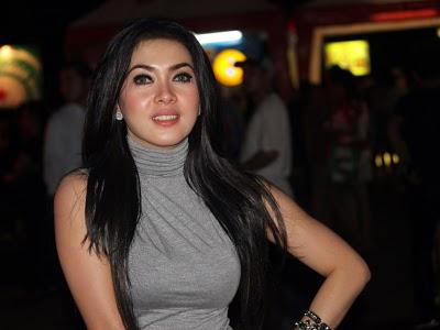 Wanita Tercantik di Indonesia Foto Cewek Cantik 2012