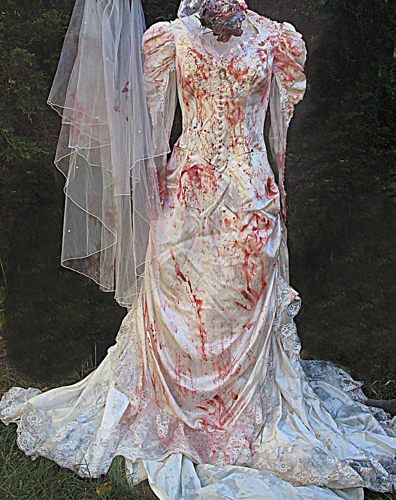 Zombie Wedding Dress For  : Zombie wedding dress uniixe