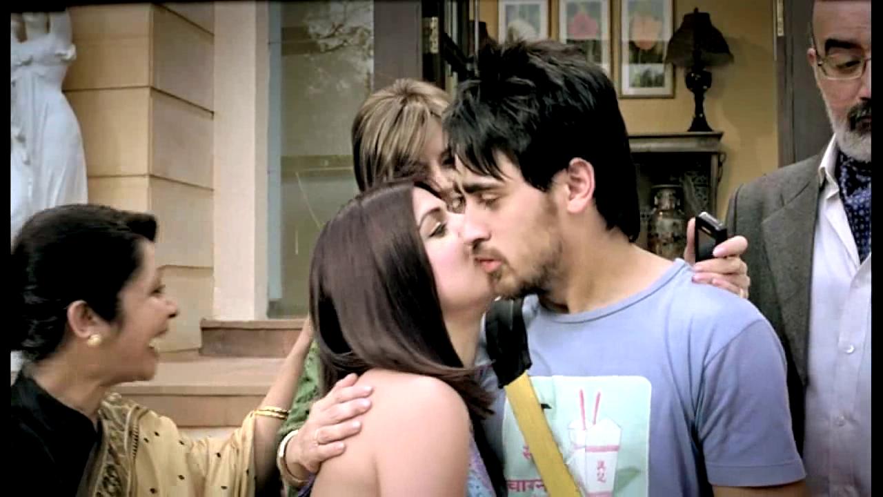 Indian-bollywood-film-hindi-movie-Delhi-Belly