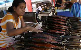 Makanan Khas Maluku Indonesia