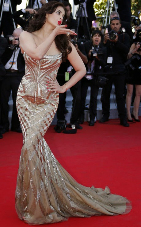 Stunning look, of Aishwarya Rai, at Cannes 2014,Bollywood,bollywood actress,spicy hot images,tollywoodsargam