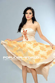 Angel Aqilla for Popular World BFN, May 2013