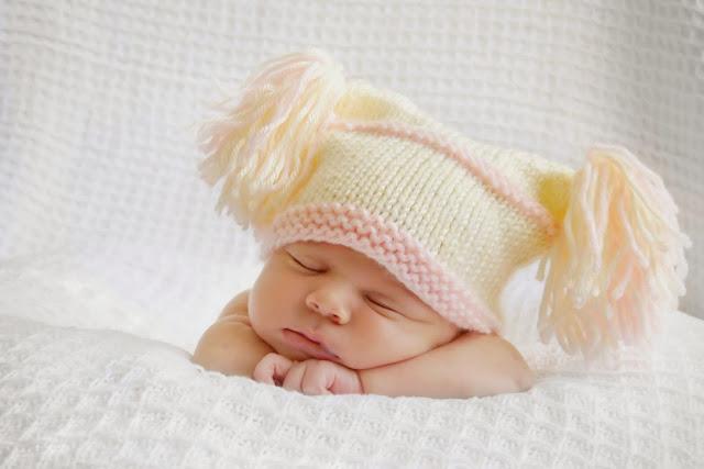 19028-Cute Newborn Baby Sleeping HD Wallpaperz