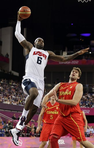 LeBron USA Dunk against Spain