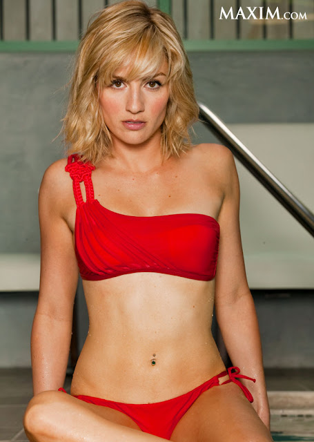 Alison Haislip Sexy in Bikini
